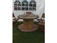 Cable reel bar tables