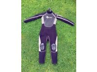 Junior Wetsuit OSPREY, size Medium Tall (fits height 140-150cm, AGE 10-11), very good condition