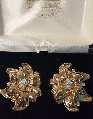 Stunning New Vintage Finely Detailed Art Noveau Earrings Clip On