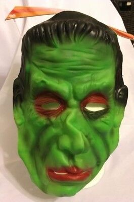 HALLOWEEN MONSTER GREEN FACE MASK  SPOOKY VILLAGE  ADULT - Green Face Mask Halloween