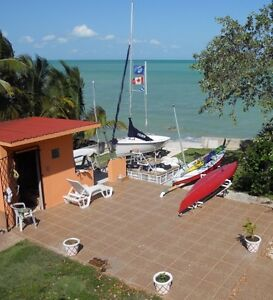 Seafront Home In Consejo Shores, Belize - All negociable