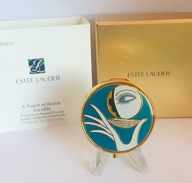 """2013 NIB FULL/UNUSED Estee Lauder """"A TOUCH OF BEAUTY"""" Roslyn Gerson Compact"""