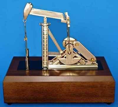 Oil Well Oilfield Gold Pump Jack Model Drill Bit Keychain Sticker Gift Roughneck