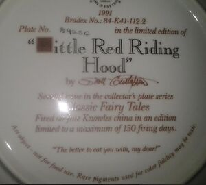 """Collector Plate: """"Little Red Riding Hood"""" Peterborough Peterborough Area image 2"""