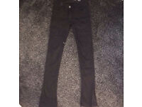 LADDIES/GIRLS GENUINE CALVIN KLIEN JEANS SIZE 6