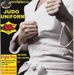 KARATE UNIFORM, MEDIUM WEIGHT (905) 364-0440 WWW.FIGHTPRO.CA Cambridge Kitchener Area image 2
