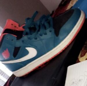Air Jordan 1 Mid Tropical Teal to sell!
