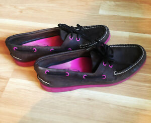 SPERRY TOP SIDERS (8.5)