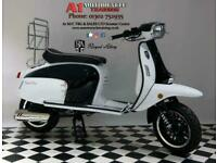 Royal Alloy GT125 Retro Scooter Learner Legal