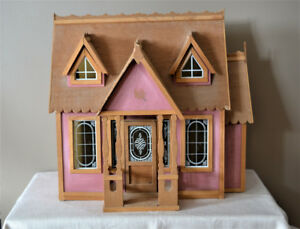 Vintage Collectible Doll House