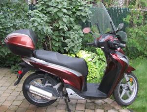 Moto Honda SH150i
