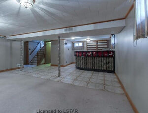 4 BDR house near Wharncliffe and Commissioners for Rent - $1600 London Ontario image 9