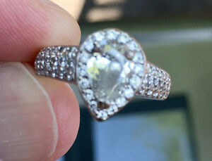 1.80ct STUNNING ENGAGEMENT RING -OVER $3000 in savings