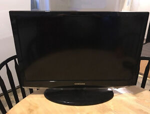 Samsung flat screen monitor / HDTV
