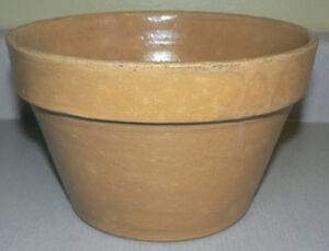 Great Vintage Yellow-ware pot
