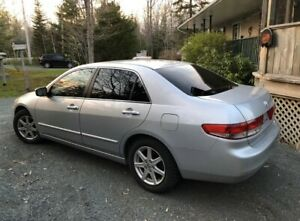 Extremely well maintained 03 Honda Accord