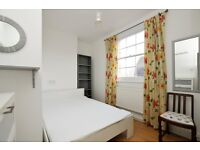 *Superb* One bedroom Apartment Situated on Stoke Newington Church Street.. **