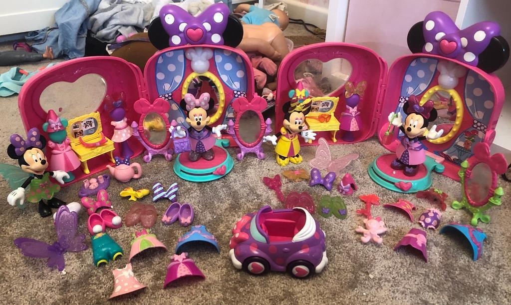 Minnie Mouse wheelie cases with lots of accessories