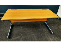 Modern Office Desk - cantilever style - excellent condition