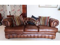 Chesterfield settee in leather