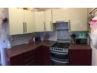 Kitchen units for sale £500