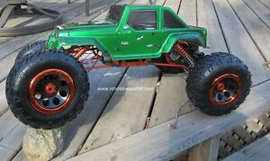 RC Electric Rock Crawler Truck 1/8 Scale 4 Wheel steering, 4WD, Peterborough Peterborough Area image 5
