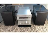 Hitachi Stereo system • Excellent condition