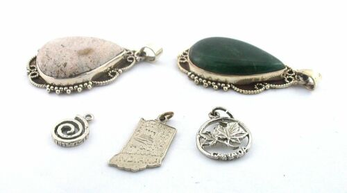 27.40  GRAMS FIVE ASSORTED STERLING PENDANT CHARM STERLING SILVER CLOSEOUT