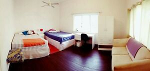 Shere room 100$ North Perth Vincent Area Preview