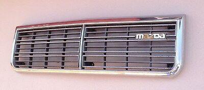 HG317/  Mazda 626 1 CB2 ?  Kühlergrill Frontgrill Grill Chrom
