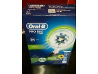 Oral b pro 650 toothbrush brand new