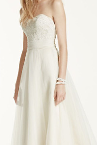 Strapless A-Line Beaded Lace Tulle Wedding Dress - Size 0
