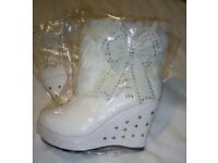 White boots, size 5, new