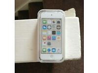 iPod Touch 16gb - Gold - 6th Generation - BRAND NEW