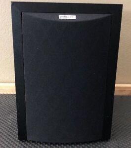 "Polk Audio 8"" Powered Subwoofer (RM6750)"