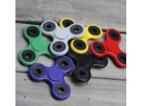 [Slick Spinner] Tri Hand Spinner Fidget Toy Games Adults Children Office Vinyl Desk Accesory