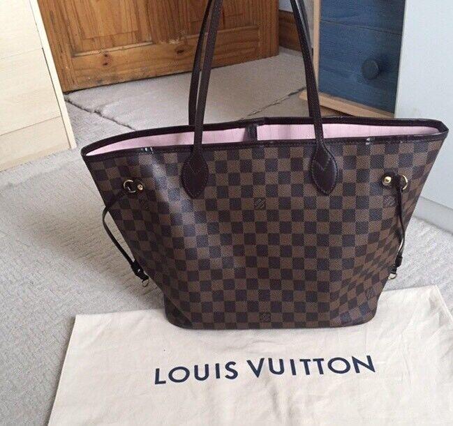 7489891f08bc Louis Vuitton neverfall bag