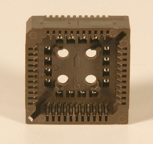 PLCC - Chip Carrier Socket - 44 pin - 40 pieces