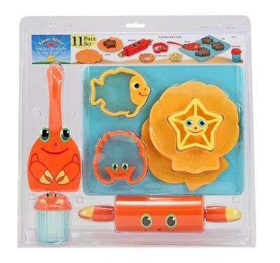 Melissa And Doug Fun Sand Cookie-Baking Set Sea Creature Sand Toys Beach (Melissa And Doug Sand Toys)