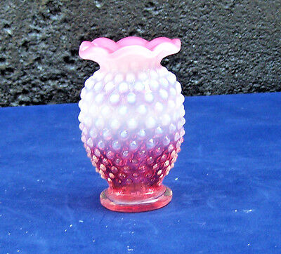Art Glass Vintage Fenton Pink and white Hobnail Vase approx 4