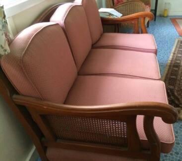 YOU'LL LOVE IT! Antique Jacobean Style Lounge Suite/Set