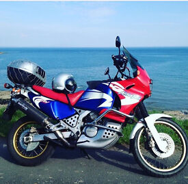 HONDA AFRICA TWIN - 2000 - LOVELY ORIGINAL CONDITION - FANTASTIC MOTORCYCLE.