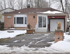 Cozy 3 bedroom Lakefront property on Lake Simcoe (Brechin)