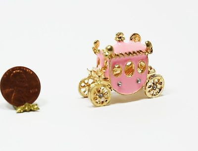 Dollhouse Miniature 1:12 Princess Carriage in Gold & Pink