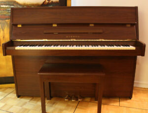 Yamaha ER-20 Upright Piano