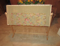 Needlepoint / Embroidery Standing Work Frame City of Montréal Greater Montréal Preview