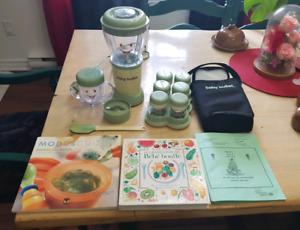babybullet avec accessoire et livre de recettes pour bébé