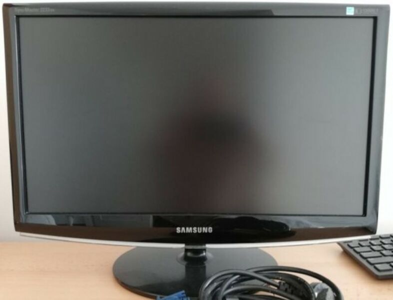 Monitor LED 22 cale Panorama Samsung