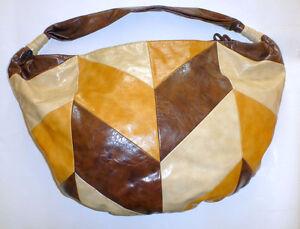 NEUF Grand sac fourre-tout en cuir synthétique/ NEW Big handbag
