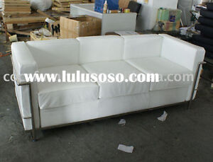 BLACK  Barcelona 3 seater couch same style as pic